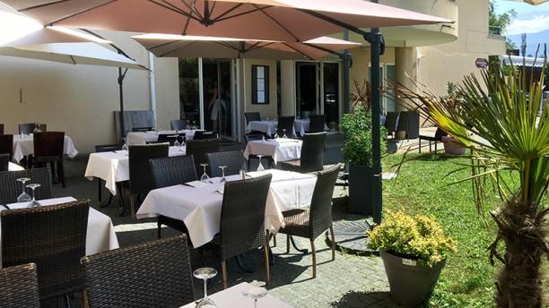 Chez Pierre Montbonnot Vue de la terrasse