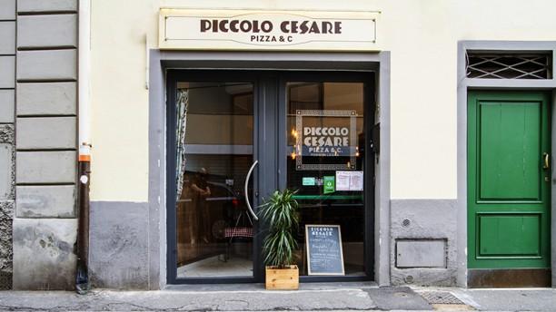 Piccolo Cesare Pizza & C. Entrata