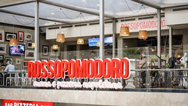 Rossopomodoro Milano Centrale Entrata