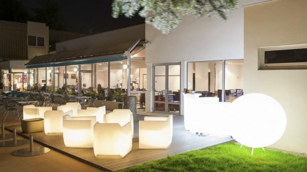 Novotel Café Ambiance lounge