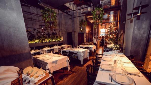 Yard Restaurant interno