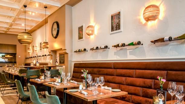 Wijnbar Pinot Het restaurant