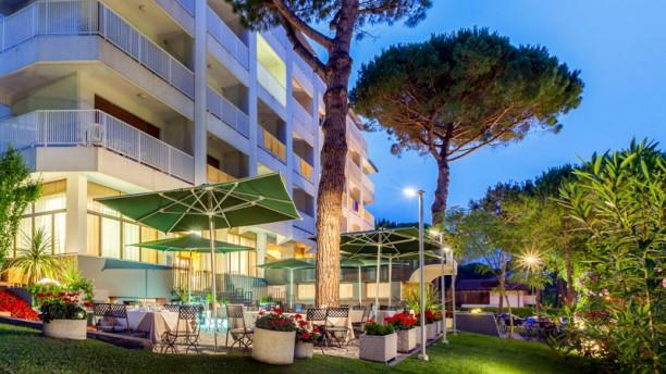 Terrazza Riviera dell'Hotel President Facciata