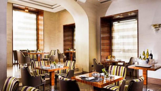UNA Restaurant Vista sala