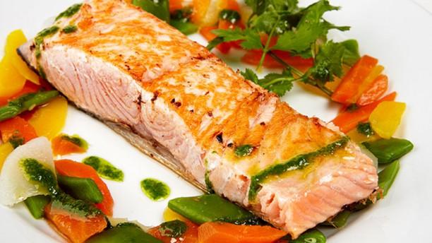 Le Quatre Saumon à la plancha légumes croquants