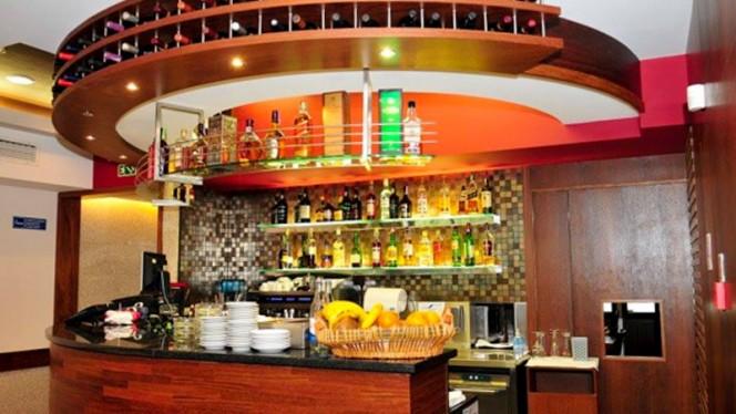 sala - Colina Restaurante, Lisboa