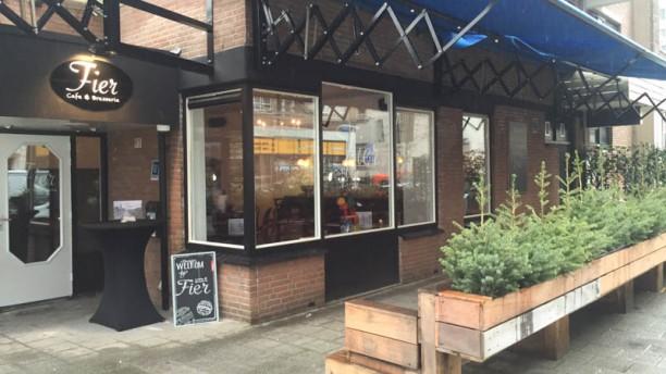 FIER Café & Brasserie ingang