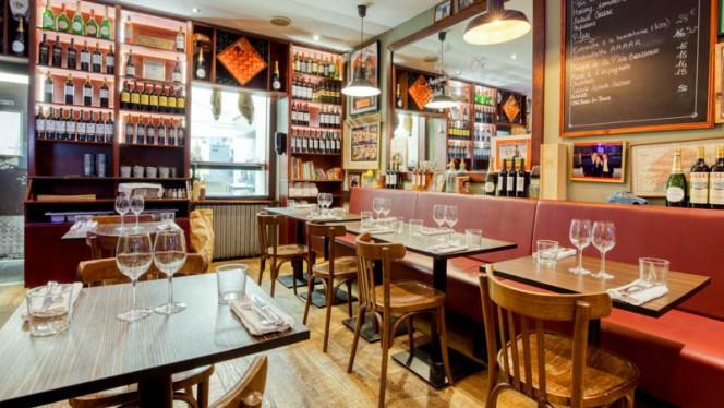 Vue de la salle - La P'tite Brasserie, Bordeaux