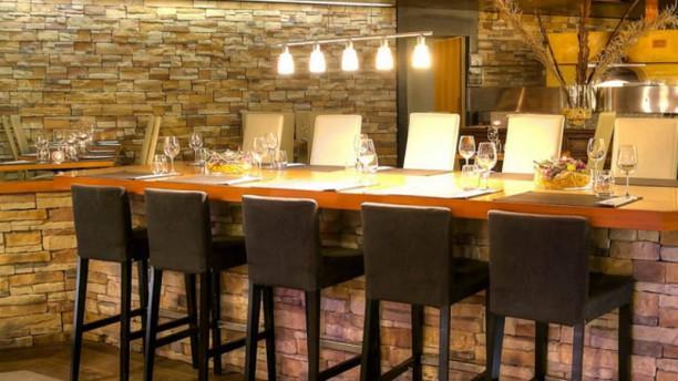 Restaurant la pi ce rouge restaurant val de charmey - Comptoir nantais de la piece detachee ...