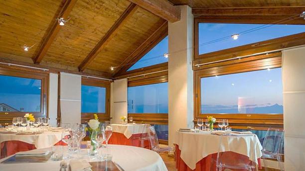 La Taverna di Fra' Fiusch La sala panoramica