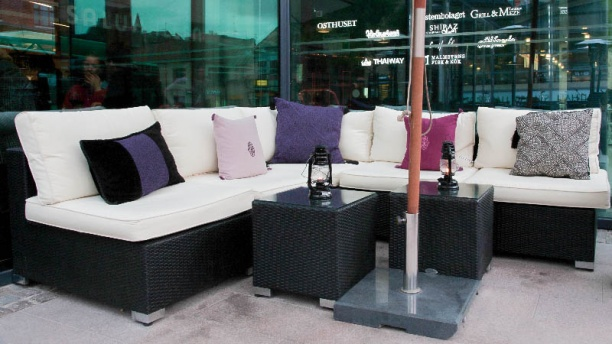 Grill & Meze Lounge outside