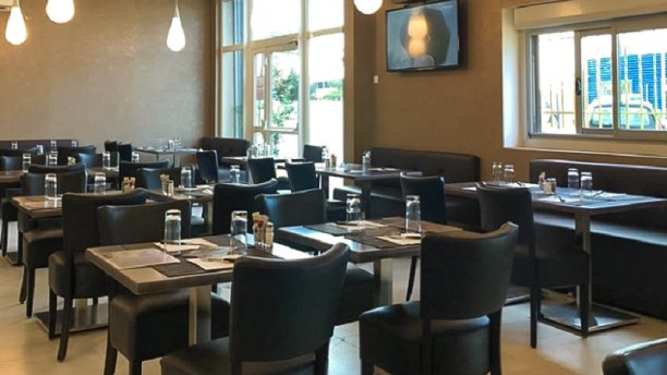 Le Village Salle du restaurant