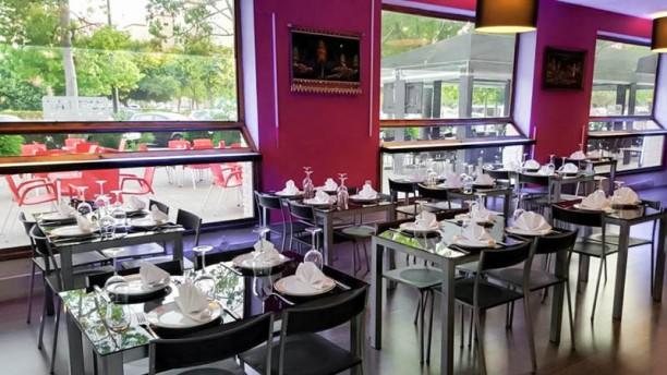 Shahi Restaurant Vista sala
