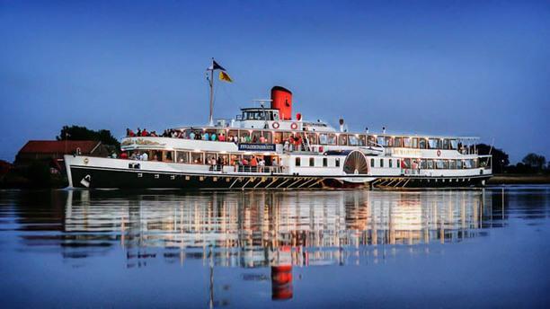 Raderstoomboot De Majesteit Ingang