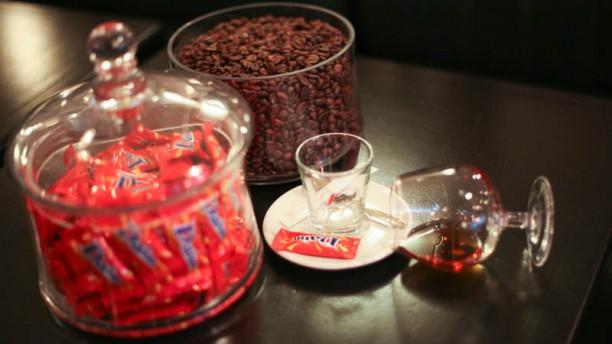 Le Dax Café