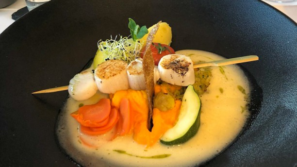 Le Bout Du Quai In Cancale Restaurant Reviews Menu And Prices