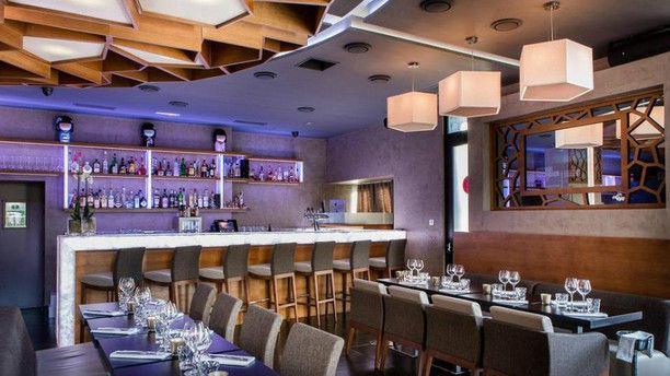 Zoa Restaurant