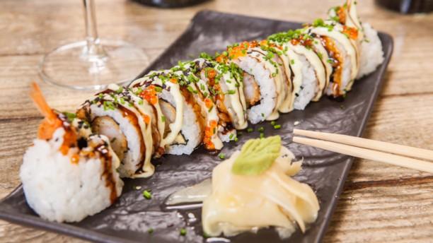 Vigo Cantina Crunchy tempura roll