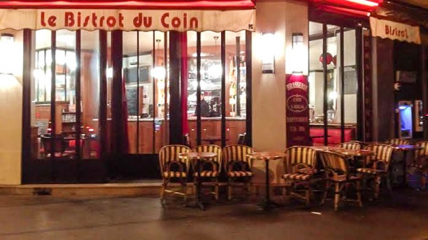 Restaurant le bistrot du coin paris 75013 place d for Garage mini rue des acacias paris 17