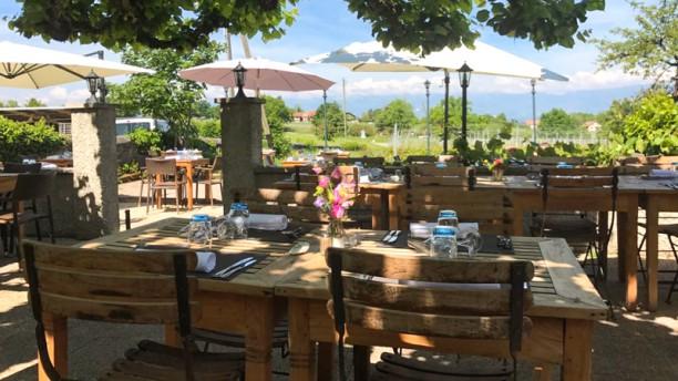 Auberge du Cheval Blanc Terrasse