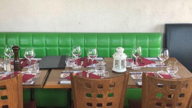 Brasserie du Commerce Table dressée