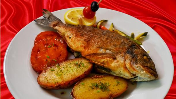 Restaurant la cantine russe paris 75016 tour eiffel - Cuisine traditionnelle russe ...