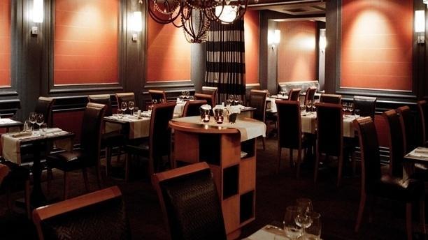 R Café - New Hotel Roblin Vue de la salle