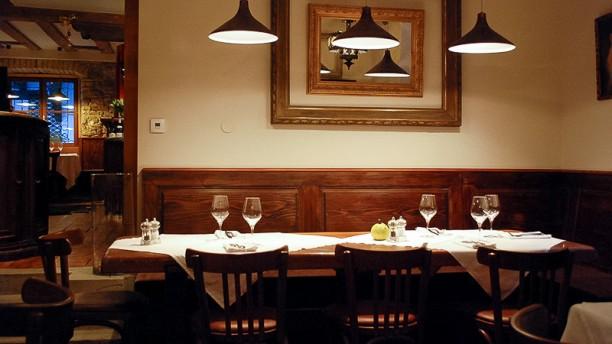 l 39 oignon strasbourg 67000 restaurant 0388165981 horaires avis ouvert le dimanche. Black Bedroom Furniture Sets. Home Design Ideas