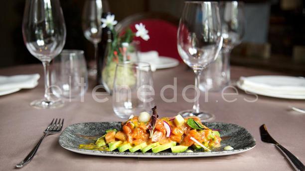 Restaurante Küche En Madrid, Templo De Debod, Conde Duque