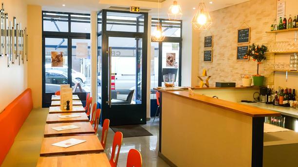 restaurant midi 12 paris 75009 op ra grands boulevards menu avis prix et r servation. Black Bedroom Furniture Sets. Home Design Ideas