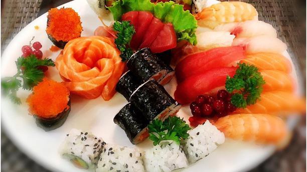Moxi sushi 1