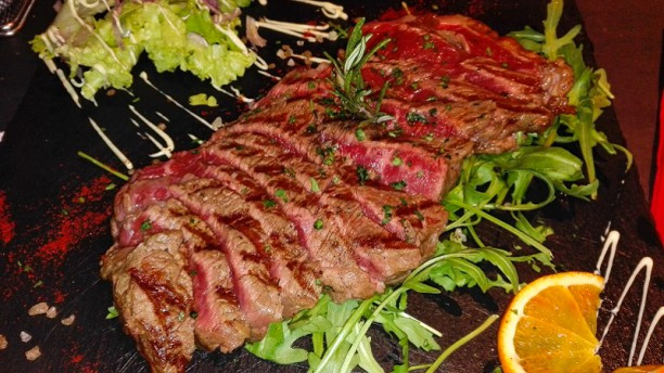 Wishing Wells Steakhouse Treviso Piatto