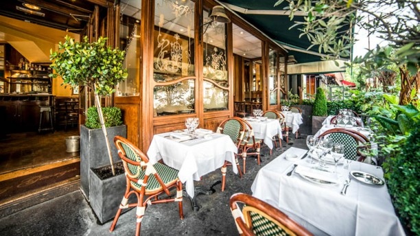Chez Georges Paris Porte Maillot Vue de la salle