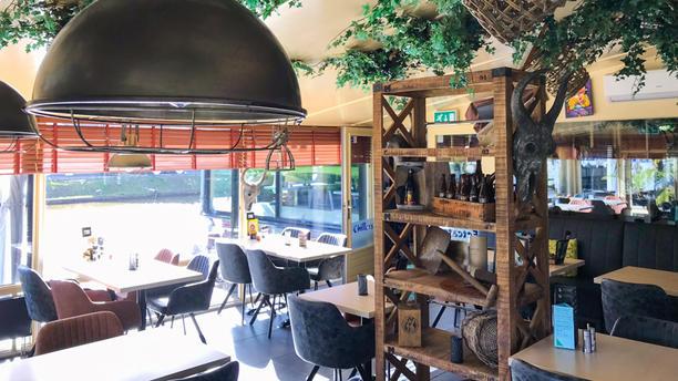 Cafe Restaurant Chillers Restaurant