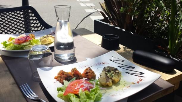 Restaurant le marigny salon de provence 13300 menu for Restaurant poisson salon de provence