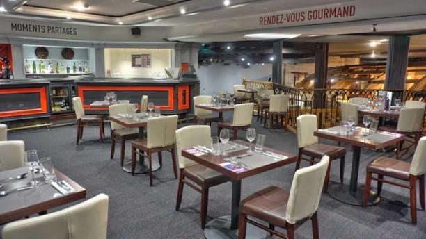 Restaurant du Casino JOA - Saint-Aubin-sur-Mer Salle de Restaurant