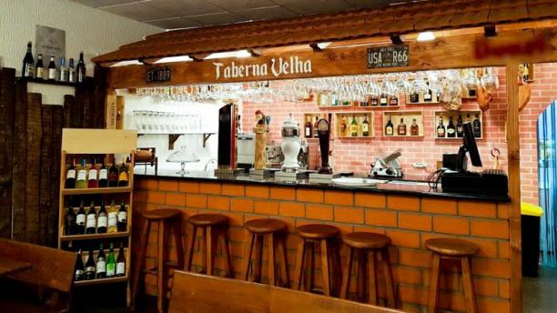 Taberna Velha Vista da sala