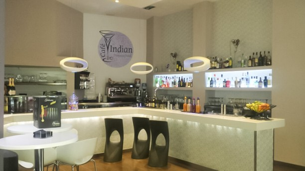 Cafe Bar Indian zona de copas