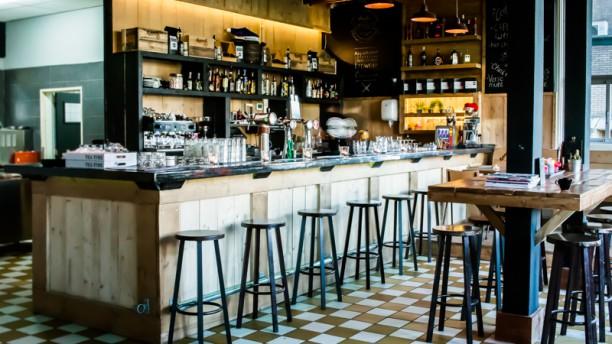 Heerlijk Lokaal Bar - inrichting