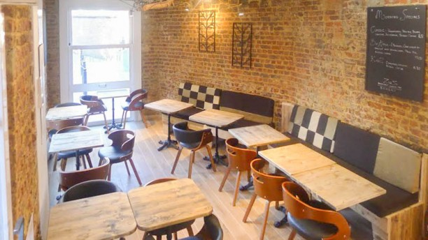 ZigZ Waterloo Café Vue de la salle