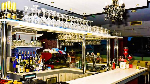 Eldorado Vista bar