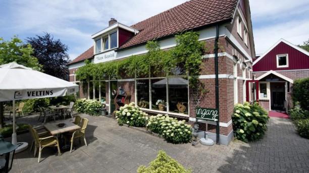 Vlaams restaurant Bar Hotel Nieuw Beusink voorkant restaurant met terras