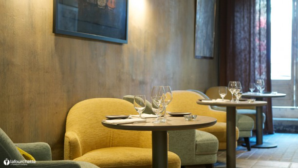 Mantel - Table 22 Vue de la salle