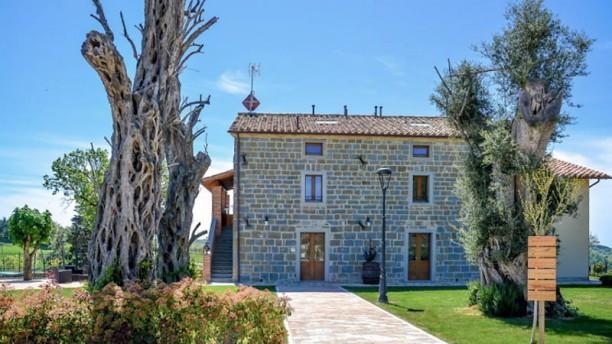 Borgo Santa Cecilia Esterno