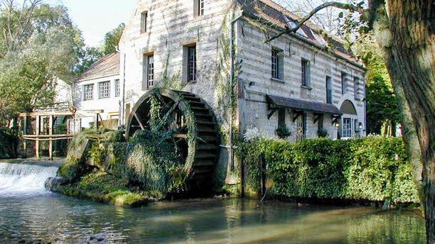 Le Moulin de Mombreux le moulin, côté restaurant