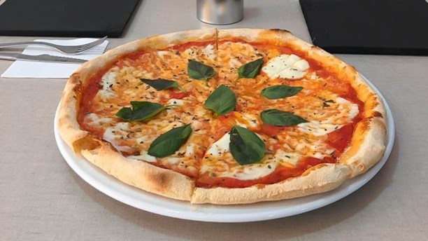 Marchetti Pizza Caffè Pizza