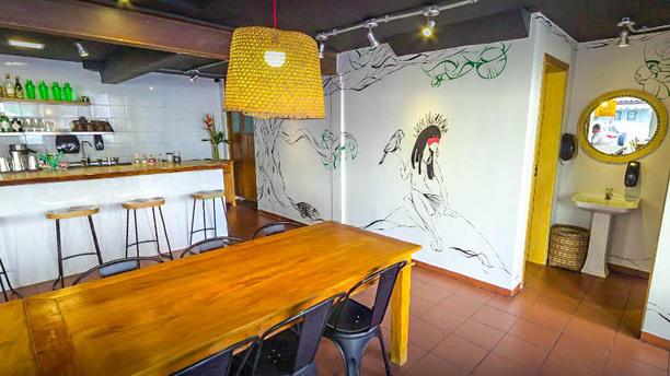 Ocara Burger & Drinks vista da sala