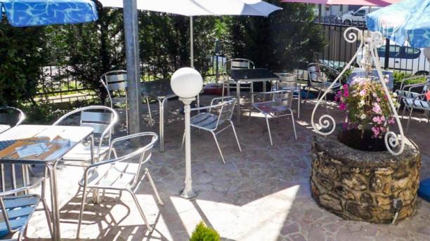 Le Petit Venise Terrasse et jardin