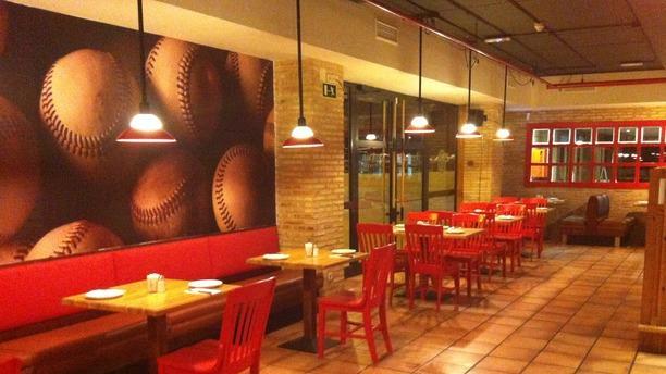 restaurant tony roma s ciudad de la imagen pozuelo de
