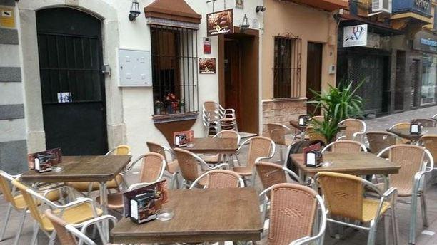 Restaurante bodeg n anto ito en la linea de la concepcion for La iberica precios